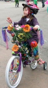 1223238884_flower_power_2_bike_parade.jpg